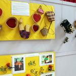 Raphia -- L'artisanat du tissage du raphia propose des boîtes, des chaussons, des sacs, et surtout des chapeaux...