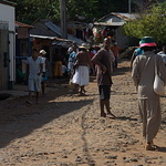 Ambodifotatra : seule la rue principale est goudronnée -- Ambodifotatra : seule la rue principale est goudronnée