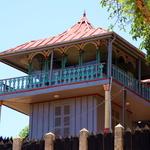 SOS  Madagascar 2014 11 5357 -- Salle d'Audience et de Conseil d'Ambohimanga (la colline bleue) à l'abri des écoutes.